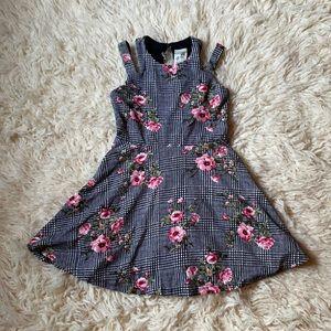 Unique Floral Dress Sz 8